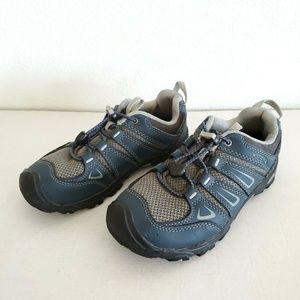 Keen Boys Oakridge Low Sneakers size 1 Waterproof